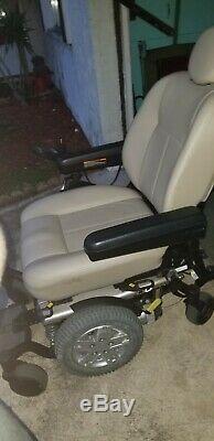 4 wheeled power chair