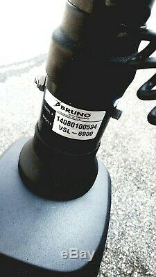 BRUNO VSL-6900 Curb-Sider Wheelchair Hoist Lift Powerchair Scooter Wheelchair