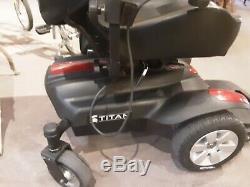Drive Titan X16