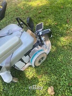 Hoveround MPV4 Power Wheelchair Scooter with Swing Away Leg Rest