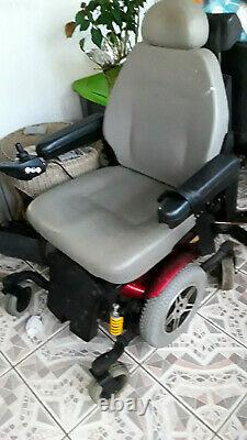 Jazzy 614 HD Mobility Chair