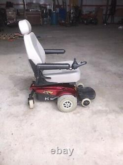 Jazzy Select GT Powered Scooter Wheelchair. Red
