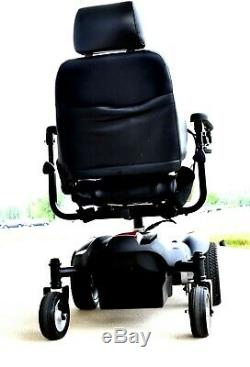 Mobility scooter Power wheelchair Titan by Drive mint condition runs great