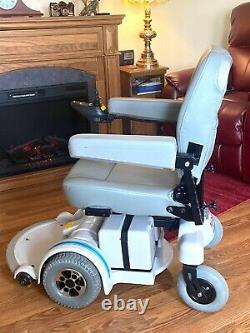 Motorized Wheelchair Hoveround MPV 5 low hours looks -runs great 20 seat