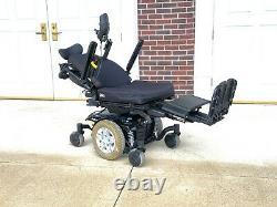 Power Chair Quantum Q6 edge seat lift. Tilt. Feet chair shows 6 miles perfect unit