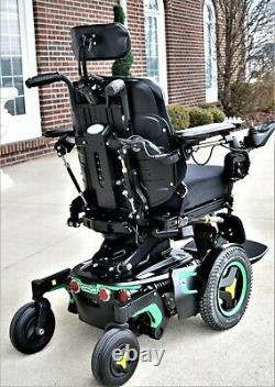 Power wheelchair Permobil Corpus F3 superb seat lift full recline and feet lift