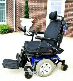 Power wheelchair Quantum Q6edge full recline tilt feet lift 2017 works perfect