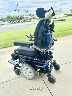 Power wheelchair Quantum q6 mint low miles full recline tilt and seat lift nice
