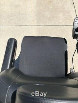 Pride Jazzy Elite 14 Electric Wheelchair