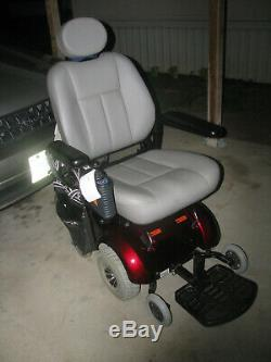 Pride Mobility JET 3 Ultra Pwr Electric Scooter/Chair 3 Yr Old NICE LOCAL PICKU