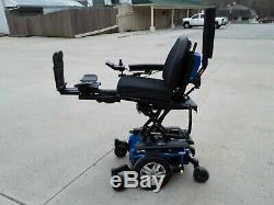 Quantum Q6 Edge 2.0 ilevel mobility chair scooter electric FOR CHARITY