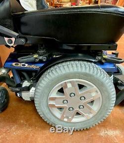 Quantum Q6 Edge Mobility Power Chair