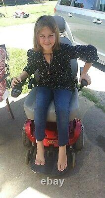 2012 Jazzy Pride Electric Power Chair Sélectionner 6