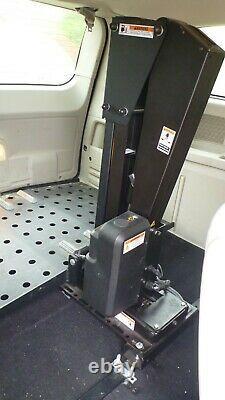 Ascenseur Intérieur Pride Backpacker Plus Pour Scooter De Mobilité, Fauteuil Roulant Power Chair