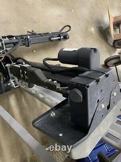 Bruno Asl-250 Plate-forme Extérieure Fauteuil Roulant Scooter Powerchair Ascenseur Suv Véhicule