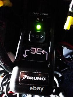 Bruno Joey Vsl 4000hw Intérieur Van Powerlift Pour Fauteuils Roulants Et Scooters