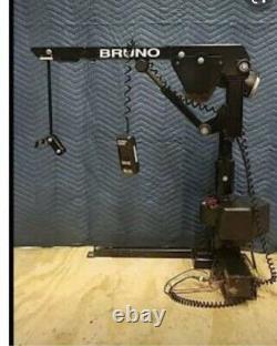 Bruno Mobility Scooter Hoist Vsl-670 Electric Lift Power Chair Van Taxi Cab Limousine