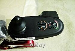 Fauteuil Roulant Electrique Pride Liberty 312 0hr D'utilisation Avec De Très Bonnes Batteries