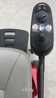 Fierté Tss300 Chaise Électrique Scooter De Mobilité Nouvelles Piles La Collecte Locale