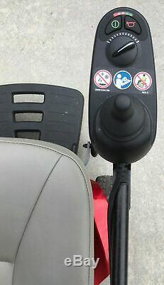 Fierté Tss300 Fauteuil Motorisé Scooter Mobilité New Batteries
