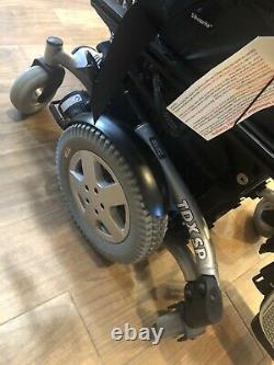 Invacare Tdxsp Power Wheelchair Scooter Avec Tilt, Recline Et Legrest Modèle 2017