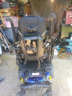 Jazzy J6 Fauteuil Motorisé Par Pride Mobility Avec Tilt Et Lever La Jambe 18d X 16w Siège