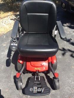 Mobility Power Chair Légèrement Utilisé Situé À South Seattle, Wa