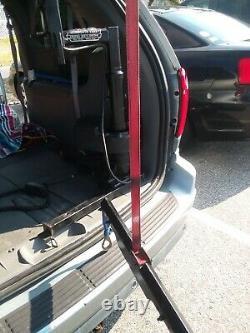 Power Wheel Chair Lift / Boom Par Bruno