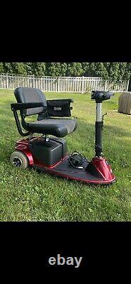 Pride Mobility Revo Chaise Électrique De Scooter 300lbs Capacité