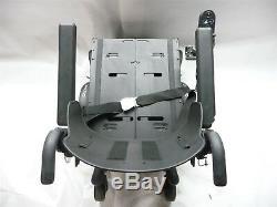Quickie Qm-710 Scooter D'accessibilité Pour Fauteuil Roulant À Propulsion Électrique